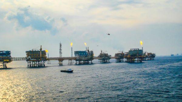 oil_platforms.jpeg